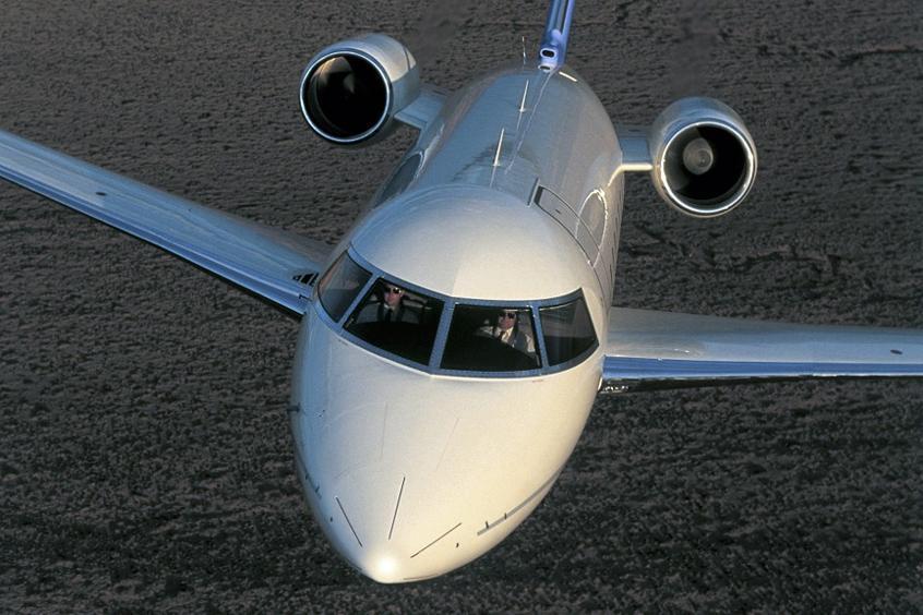 Apron Jet Özel Uçak Kiralama Challenger 604 Private